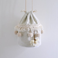 Merry go round and round bucket bag, circus style, plain color pompom bag