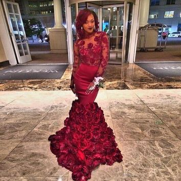 2016 Burgundy Prom Dresses Long Sleeves Mermaid Floral Lace Applique Backless robe de bal longue longue femme soiree mariage