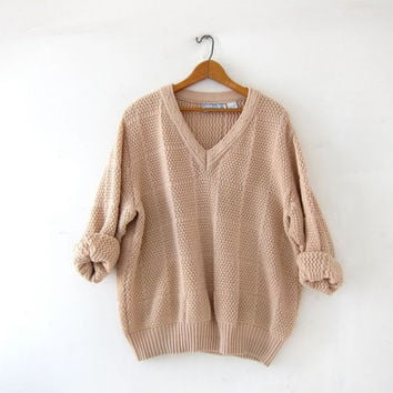 Vintage loose knit sweater. Nude colored sweater. Oversized boyfriend sweater. Slouchy pullover. minimalist sweater.