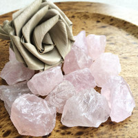 Raw ROSE QUARTZ Large (Grade A Natural) Rough Pink Crystal Stones Gemstone for Healing, Yoga Meditation, Reiki, Wicca, Crafts Jewelry Supply