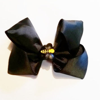 Black Bumble Bee Bow / Bumble Bee Birthday / Bee Hair Bow / Bumble Bee Party Favors / Bee Hair Clip /