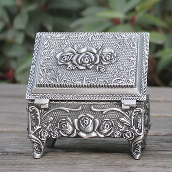 Zinc alloy jewelry box pewter plated rose design trinket box filming props hot-sellig gift box