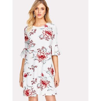 White Round Neck Half Sleeve Floral Print Shift Dress