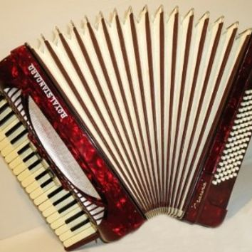 Royal Standard Marina 96 Bass, 8 Registers, German Piano Accordion