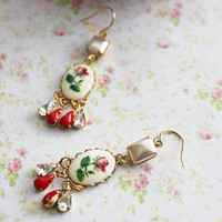 Vintage Red Rose Chandelier Earrings. Bohemian Wedding. Wedding. Whimsical. Pearl. Autumn. Fall. Fashion. Romance. Bridesmaids Earrings