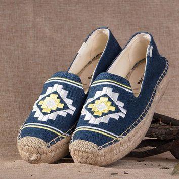 Soludos Bohemia Platform Smoking Embroidery Slipper Thick-bottomed Navy - Best Deal Online