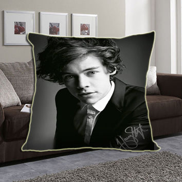 Harry Styles with Signature Custom zippered pillow case.