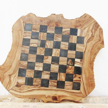 Dad gift, Granddad Gift, Grandpa Gift, Monogrammed Olive Wood Chess Board, Wooden Chess Set Game