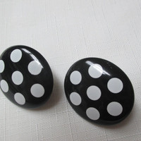 Avon Clip earrings Lots of Dots