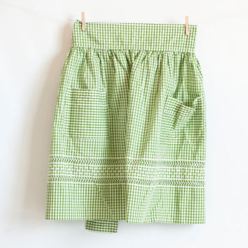 Vintage Green Gingham Apron, 1950s Hand Embroidered Half Apron, Farmhouse Style Decor
