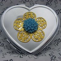 Heart Compact Mirror  on Luulla