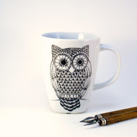 owl mug, handpainted in black, halloween mood