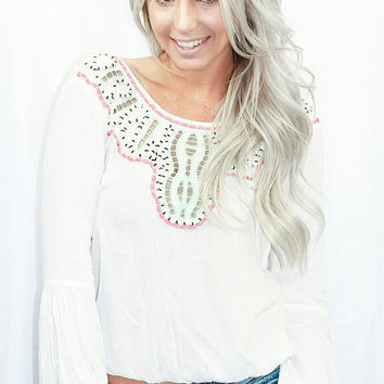 TREASURE COVE TOP IN WHITE