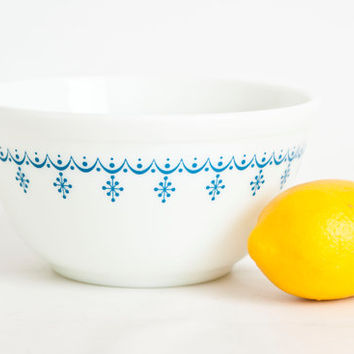 Vintage Pyrex Blue Snowflake Mixing Bowl, Replacement Pyrex Snowflake Garland Replacement Nesting Bowl 402, 1 1/2 qt