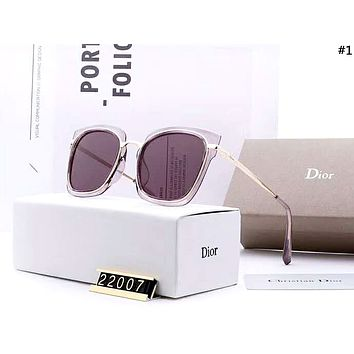 Dior Tide brand men and women models driving polarized UV protection sunglasses #1
