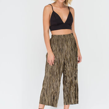 Say Pleats Metallic Cropped Pants