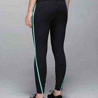 run: pace tight | women's we made too much | lululemon athletica