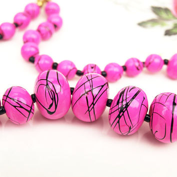 Beaded Necklace, Pink Beads, Plastic Necklace, Abstract Pattern, Marbled Effect, Retro Jewellery, Statement Necklace, Graduated - 1980s