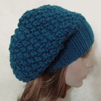 FREE SHIPPING,Hand Knitted Hat in Royal Blue,Women Bulky Hat,Men Thick Hat,Handmade Teens Warm Hat,Woolen Winter Beret,Knit Women Accessory