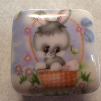 Tooth fairy box, rabbit, bunny, Easter, ceramic box, gift idea, trinket box, treasure box, vintage, Easter gift, basket,