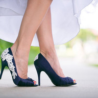 Navy Blue Wedding Heels With Venise Lace Applique. Size 7.5