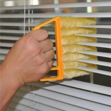 Microfibre Venetian Blind Brush Window Air Conditioner Duster Dirt Clean Cleaner (Color: Yellow) [8270576897]