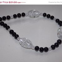 33%OFF White Lampwork Pearl Necklace