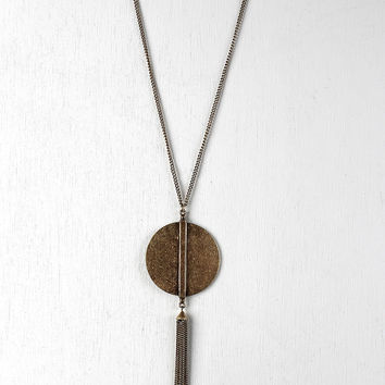 Round Pendant Chain Tassel Necklace