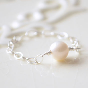 NEW White Pearl Ring, Genuine Freshwater Pearl, Sterling Silver Chain, June Birthstone, Delicate Simple Jewelry, Size 8, Free Shipping