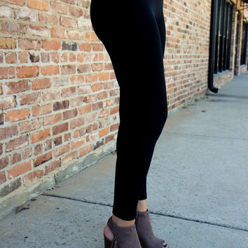 Back to Basics Black Leggings