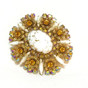 Juliana Gold Fluss Brooch,Gold Milk Glass Brooch, Topaz Rhinestones, Aurora Borealis, Renaissance Style, Weddings, 1960s, Vintage Jewelry