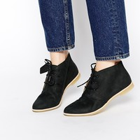 Clarks Originals Phenia Black Leather Desert Boots