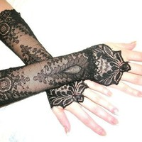 The NEW MOON black french lace cuffs Lolita by angelinadesign