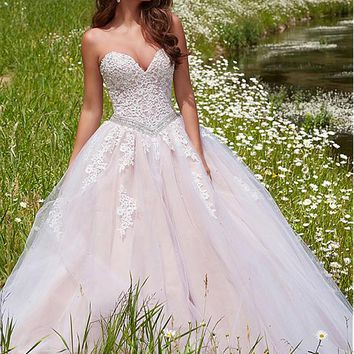 [136.99] Exquisite Tulle Sweetheart Neckline Ball Gown Quinceanera Dresses With Lace Appliques - dressilyme.com