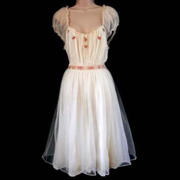 Vintage Lingerie Negligee by Laros White Dacron Nylon with Pink Roses and Ribbons
