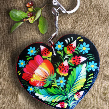 Illustrated wooden keychain, Hand-painted butterfly, handmade wooden keychain Heart, Small wooden painting, Hand-painted strawberries