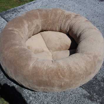 Cat bed, dog bed, round bed, pet bed, donut bed, tan, machine washable, dryer safe, brown bed, kitty, puppy, kitten, small dog,