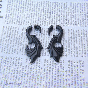 "Fake Gauge Horn Earrings, Black Horn Earring Tribal ""S"" Shape Fake Taper Gauges, Fake Plugs Eco Friendly Jewelry FGH-0003"