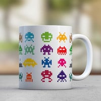 Gamers Gift - Space Invaders - Boyfriend Gift - Coffee Mugs - Tea - Colorful - Retro Games - Pixels