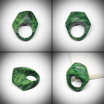 Size 8 US ring, Gerometric ring, Statement ring, Coctail ring, Wood ring, Wooden ring, Wood jewelry, Women ring, OOAK rings, Green ring