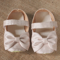 Baby Shoes, Bow, Champagne, Cream, Infant, Newborn, New Baby, Wedding Shoes, Flower Girl Shoes, Dress Shoes, Baptism, Christening Shoes