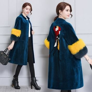 X-Long Women's Fur Coats Faux Fur Coat Female Artificial Fox Fur Ladies Long Sleeves Jacket Winter Embroidery Warm Long Overcoat