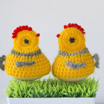 Vintage egg warmers chickens set of 2 yellow crochet handmade chickens Easter home decor