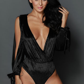Top Notch Velvet Bodysuit-Black