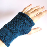 Fingerless Gloves for women. Hand knitted hand warmers malachit green.