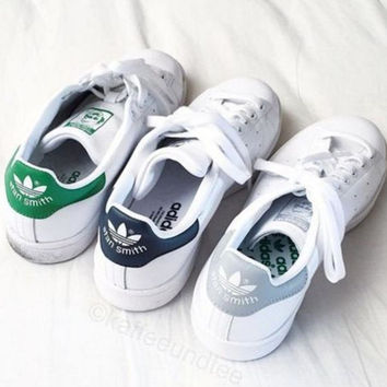 new style 40bca ede7b Unisex Men   Women Casual Sport Print Adidas Stan Smith Shoe GREEN GREY