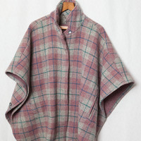 Woolrich Vintage Cape Jacket, Heavy Purple Pinkish and Blue Plaid Wool Cape, Grey Woolrich Vintage Cape Jacket