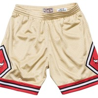 Mitchell & Ness Gold Swingman Shorts Chicago Bulls