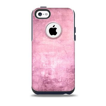 The Pink Grungy Surface Texture Skin for the iPhone 5c OtterBox Commuter Case