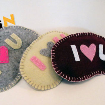 I LoveU PATTERN, Sew by Hand Felt Softie, PDF, Plush Pattern Est-Eng, Easy